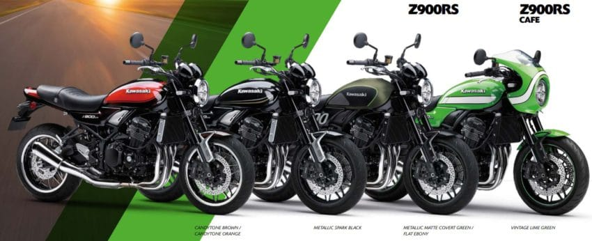 Kawasaki Z900RS in de showroom