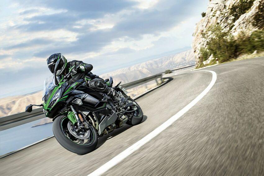 2022 Kawasaki Ninja 1000SX